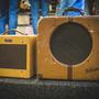 Kytarový boutique nabízí nástroje a aparaturu z doby Beatles či Led Zeppelin
