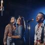 Obklopen ženami vystřihl Martin Hrubý krásný rock'n'roll