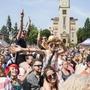 Festival Mezi ploty, to je na 160špičkových muzikantů adivadelníků na 14scénách