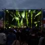 Kyvadlo je neúprosné a festival Metronome se přehoupl do dalšího dne, Foals museli třikrát přidávat