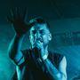 The.Switch zakopali zpěváka v novém klipu do hrobu