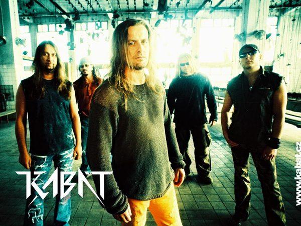 Česká rocková kapela Kabát v příštím roce vyrazí na krátké česko-slovenské  turné. Bude to první sousledné turné po dvou letech b457e9633a7